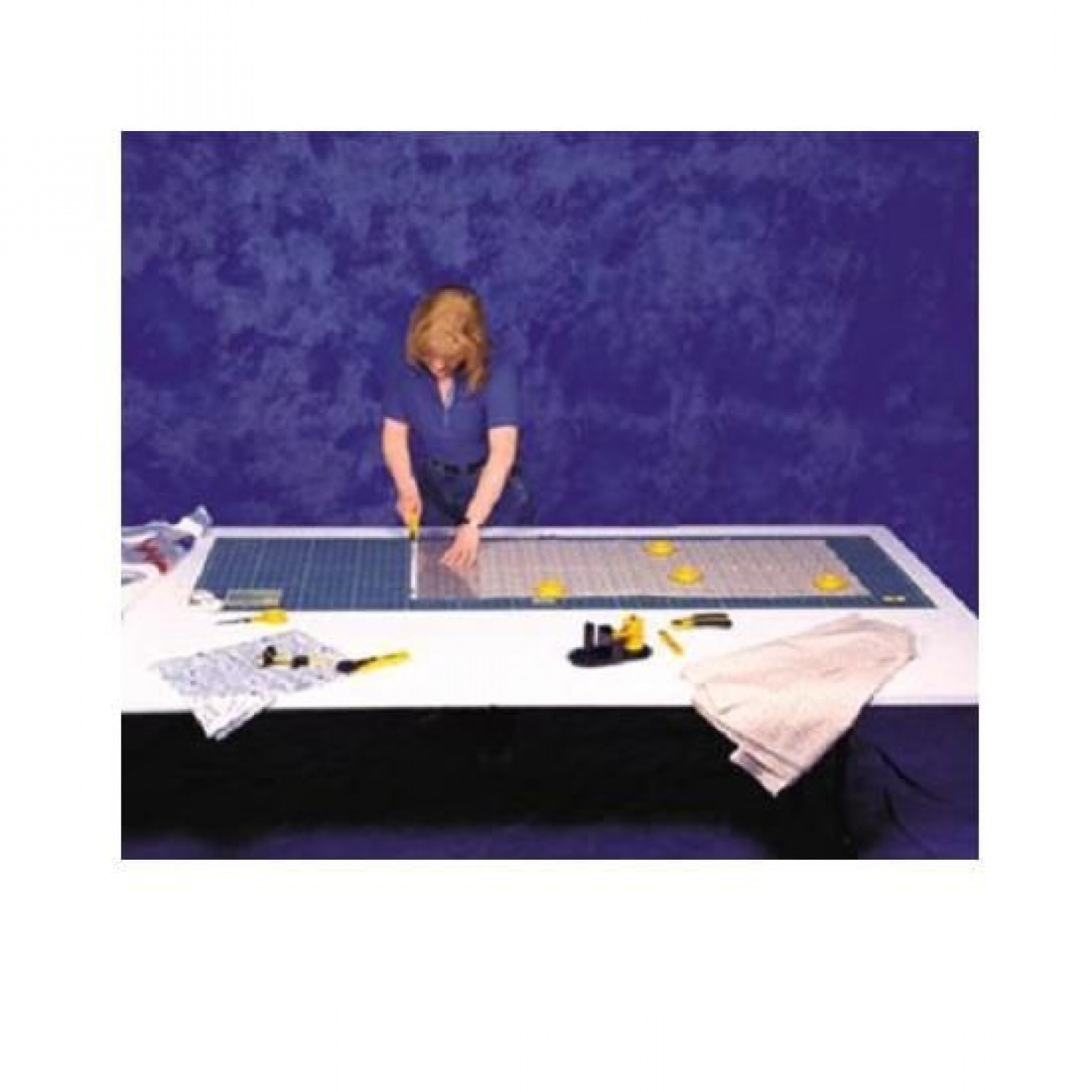 """Olfa RM-CLIPS-3 Continuous Grid Cutting Mat Set 35"""" x 70"""" Illustration"""